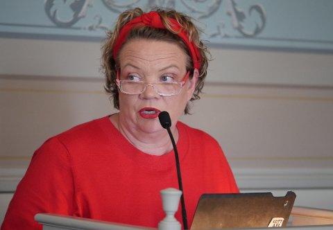 Blir fylkespolitiker på heltid: SVs Camilla Eidsvold får en fremtredende rolle i Viken og vil ikke lenger være lønnet gruppeleder i Fredrikstad. Men vi vil fortsatt se henne på bystyrets talerstol. (Arkivfoto: Øivind Lågbu)