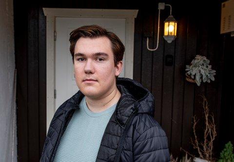 Sander Viltun Næss og andre elevrådsledere i Fredrikstad og Sarpsborg håper kunnskapsministeren vil høre på deres bønn om å ikke gjennomføre eksamen våren 2021.