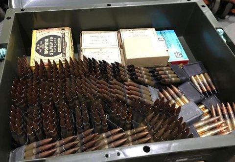 Det ble funnet enorme mengder ammunisjon ved lageret. Mannen som oppbevarte dette er nå dømt til lang fengselsstraff.