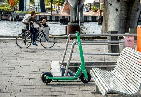Elsparkesyklene har blitt et vanlig syn i sentrum. De fører også til at folk skader seg.