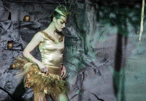 GULLFUGLEN: Turnékompaniet viser en forestilling basert på et av Asbjørnsen og Moes evenyr. Alle foto: Jonas Jeremiassen Tomter / Emma Skåret