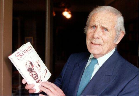 STERKT: Arne Skouen døde i 2003, og har skrevet flere skuespill. Blant annet «Ballerina».