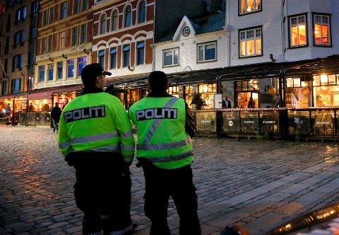 TRAVELT: Politiet fikk ikke mye ro i løpet av natten i Haugesund.