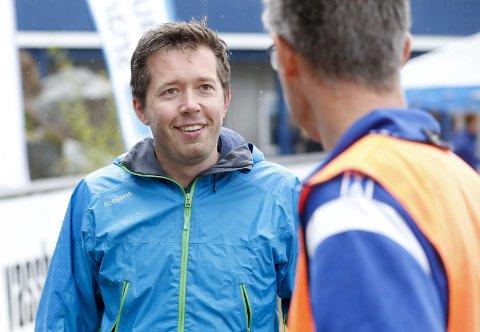Har noe på lur: – Vi gjør et spennende tiltak mot potensielle syklister sør for Boknafjorden, sier prosjektleder Håkon Andre Waage i Steinsvikrittet. foto: jan kåre ness