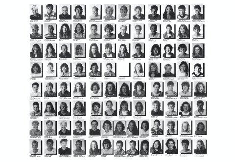 STORT KULL: Avgangskullet på Stord lærarhøgskule i 1994 besto av 98 studenter.