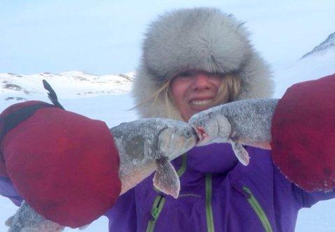 KRITISK TIL ULOVLIG KJØRING: Marte Øvergård sier at det er helt greit at ungdommer som har lov til å kjøre både snøscooter og moped gjør det, men da må det være i lovlige former.