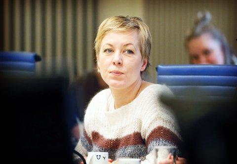 HÅPER: Marianne Chesak (Ap) håper langt flere av velgerne også avlegger stemme til fylkesvalget.