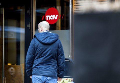LEDIGHETSTALLENE NED: Arbeidsledigheten i Holmestrand var tidlig i april på 10,7 prosent, men er nå nede i 6,3 prosent. ILL.FOTO: NTB/SCANPIX