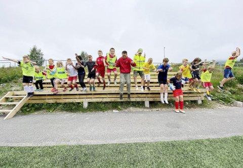 Lyst på fotball: Det hadde veldig mange barn i Hof i sommer bare det ble satt i et system og krydret med litt konkurranse og mye moro. Foto: Pål Nordby