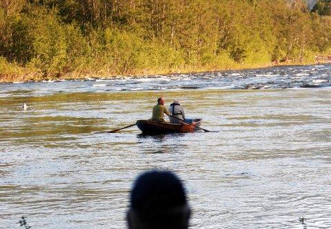Blant kjende elvar som framleis er upåverka av genane frå rømt oppdrettslaks, finn vi blant andre Gaula i Trøndelag, der dette biletet er tatt.