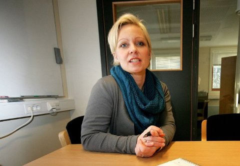 Varaordfører i Råde, Frederikke Stensrød stiller seg noe undrende til politiets uttalelser om årets Parkfestival i Råde.