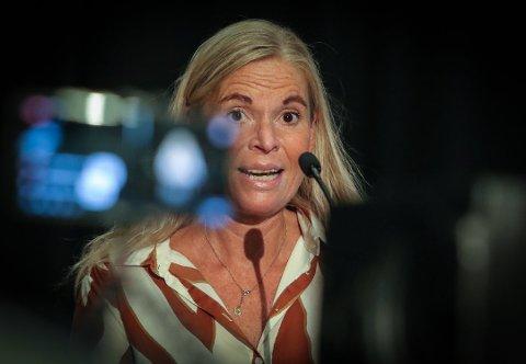 I GANG MED NYÅRET: Grete Reitan, enhetsleder skole i Moss kommune var i møter rett etter Erna Solbergs pressekonferanse søndag.