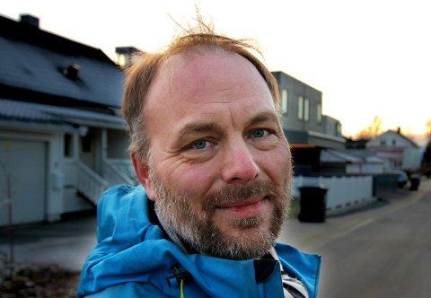 - JOBBES GODT: Pål Julius Skogholt mener kommunen er på riktig vei til tross for varslet storsprekk. - Det jobbes veldig godt, sier han.