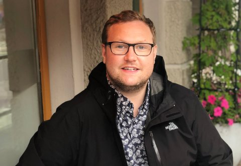 BER OM MIDTDELER: Erlend Svardal Bøe (H) ber om midtdeler på hele E8.