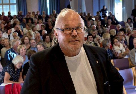 SØVNLØS I GJØVIK: Størk Hansen, leder for aksjonen Vi som er for tre akuttsykehus i Oppland, Gjøvik, Lillehammer og Reinsvoll.