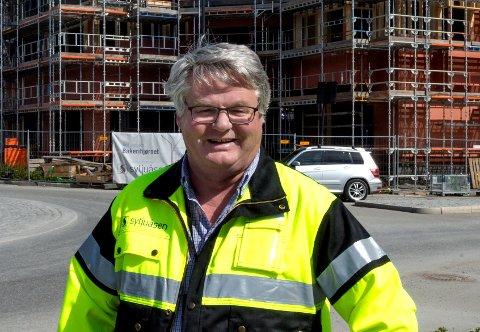 LITE UTENLANDSK ARBEIDSKRAFT: – Mange lokale byggefirmaer har for lite å gjøre, og dermed har de heller ikke behov for å leie inn arbeidskraft fra utlandet, påpeker Anders Elje, daglig leder ved Syljuåsen AS på Gjøvik.