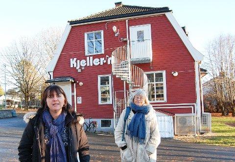 LA  KRINGSJÅ FÅ STÅ: Marit Kristin Karlsen (t.v.) og Lill Gustafson frykter for at Kringsjå, hvor fritidsklubben Kjeller'n holder til, kan bli revet for å gi plass til boliger.