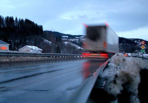 MEST I HEDMARK: Fire personer mistet livet i trafikken i Hedmark i november. Det er mest i landet.