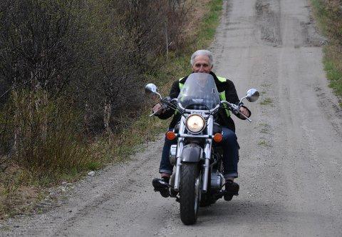 LEVER UT DRØMMEN: Kristoffer Langtjernet har kjørt 70.000 kilometer  med sin velholdte Honda Shadow 750 kubikker.