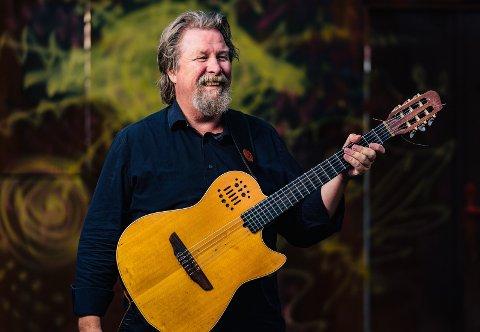 KOMMER: Tom Steinar Lund gleder seg skikkelig til konserten søndag. Foto: Morten Bjerk