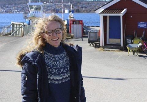 Unni Solheim er styreleder i Sandøya vel og forteller om en bydel i Porsgrunn kommune som er avhengig av et godt fergetilbud.