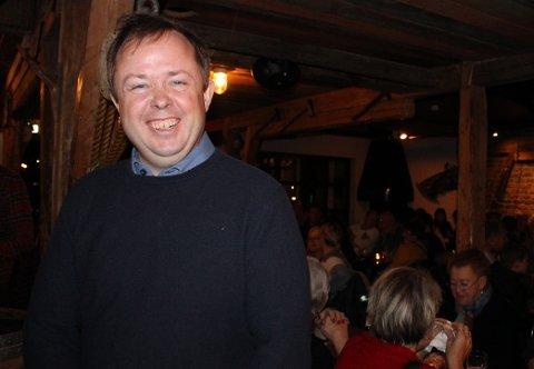 Rundt 100 glade deponimotstandere var med på pizzafesten som ordfører Robin Kåss inviterte til på Sjøloftet mandag kveld.