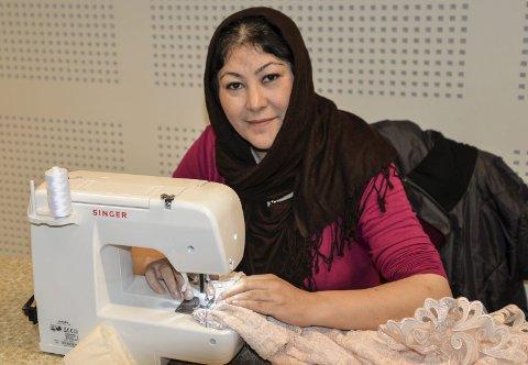 Kurs i redesign: Roqia Noori (30) er på sykurs hos Frelsesarmeen for første gang.
