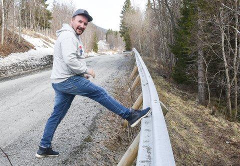 - Dette autovernet fungerer veldig dårlig som autovern. Nå må de tas grep for å ruste opp Baklandsveien, sier lokalpolitiker Sten-Oddvar Solhaug, som bruker veien daglig.