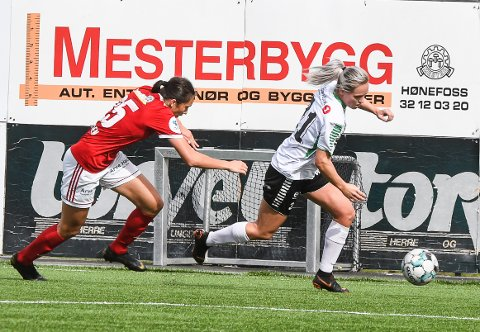NYE SCORINGER: Silje Nyhagen signerte to mål da HBK slo Fløya i Tromsø, og er nå toppscoret med 17 mål i 1. divisjon.
