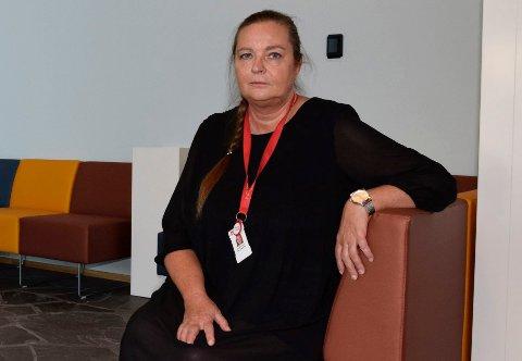 PREGET: Nav-leder Bente Jansen sier at de ansatte i Nav Ringerike er sterkt preget av den tragiske hendelsen i Bergen mandag, der en Nav-ansatt ble drept, og en annen skadet.