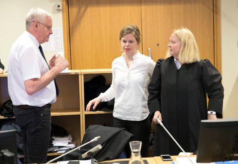 AKTORATET: Statsadvokatene Per Egil Volledal, Kari Hangeland Buvik og Guro Hansson Bull har utgjort aktoratet i saken mot den overgrepstiltalte romerikingen. Foto: Terje Bendiksby / NTB scanpix