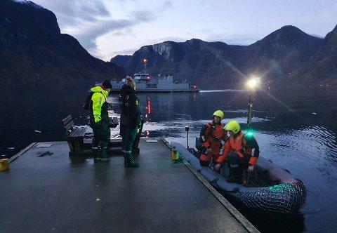 LEITAR: Torsdag kveld og natt til fredag søkte KNM Hinnøy og undervassfarkosten Hugin etter Christoffer.