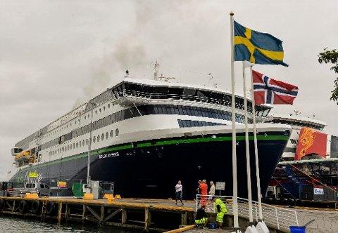 LANG PAUSE: Fra og med søndag 15. mars til og med mandag 13. april blir det ikke mulig å reise med verken Color Line eller Fjord Line mellom Sandefjord og Strømstad. Alle landets havner stenges mandag.