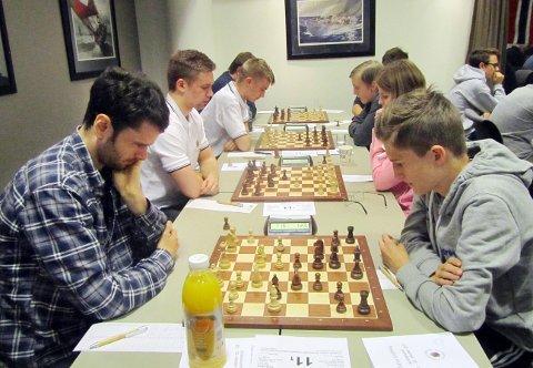 Thomas Nyland og Kristiansunds elitelag vant første runde i sjakk-NM.