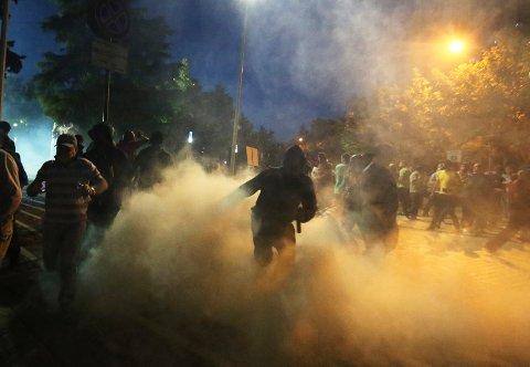 Albania skulle hatt valg 30. juni, men store demonstrasjoner og politiske spenninger gjør at det er avlyst.