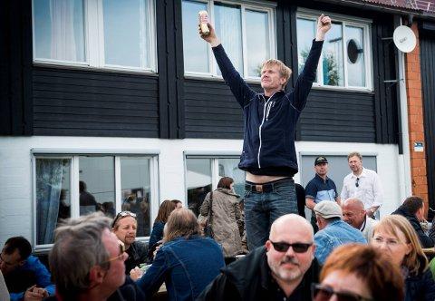 TILBAKE: Etter et års fravær er Bygderock tilbake. Festival-general Harald Berge  gleder seg til å komme i gang etter et års korona-pause. Her fra tidligere festival. I år går Bygderock av stabelen 21. august på plassen bak Rotneshallen.
