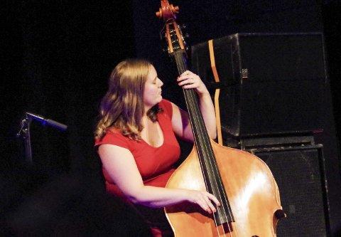 HJEM TIL JAM: Ellen Brekken er med i styret i jazzklubben på Tynset, og spiller lørdag. Begge foto: Tonje Hovensjø Løkken