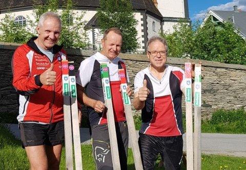Satt ut stolper: Terje Schjølberg, Frode Sjøvold og Petter Gullikstad fra Røros IL – Orientering.
