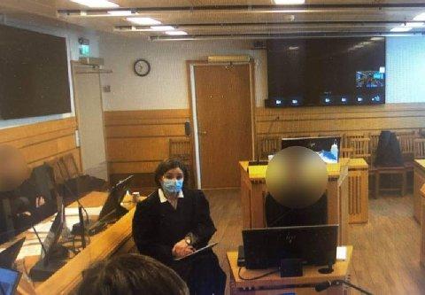 NY RUNDE I RETTEN: En mann i 20-årene fra Røros ble dømt til tre år i fengsel for vold mot sin daværende kjæreste i Trøndelag tingrett i mai. Mannen anket dommen og nå venter en ny runde i rettssalen.