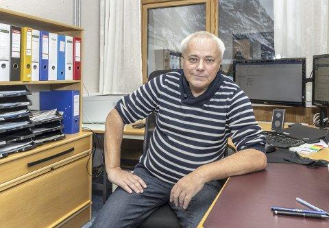 Opplæring: Daglig leder Egil Nedal ved opplæringskontoret på Sunndalsøra.