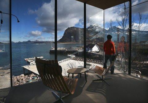 Ute når du er inne også: Alle de fire hyttene som foreløpig er bygget har store vinduer og flott utsikt.