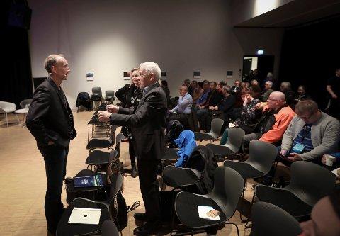 Stephan Skjelvan i samtale med  Frode Mellemvik under debattmøtet om Smart by i Stormen.
