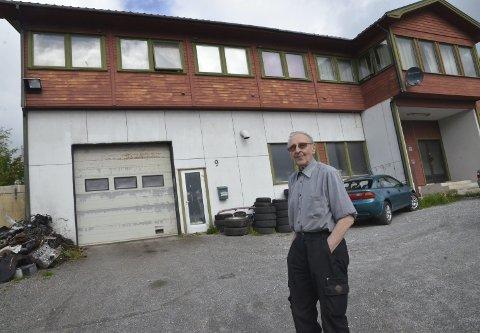 I leide lokaler: Rolf Betten driver eget verksted i Trålveien, i leide lokaler.Alle foto: Vidar BErg