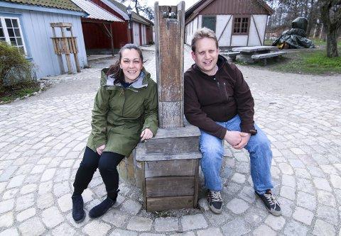 SOMMERTEATER: Sara Hadjian og Jørgen Søderberg Jansen skal sette opp «Emil i Lønneberget» i Anno-landsbyen.Foto: Thomas Hörman Arntsen
