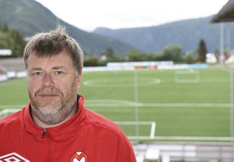 STÅR PÅ: Kenneth Claeson jobber for at Mjølner skal få best mulig lag også i 2019. Foto: Kjell Kolsvik