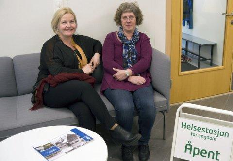 Godt brukt: HelsesøstreneTrude Tomasgård og Anne Strømnes Jensen er fornøyd med besøket på helsestasjonen for ungdom.