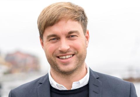 HETT MARKED: Eiendomsmegler Jens Erik Skretteberg har ingen tro på at renteøkningene vil påvirke boligprisene i Horten.