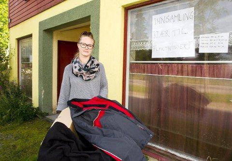 Lagerplass: Kristin Jenssveen har åpnet førsteetasjen i Roverudgata 18 for mottak av klær og andre nødvendigheter til flyktningene på Opaker gård. Foto: Kjell R. Hermansen