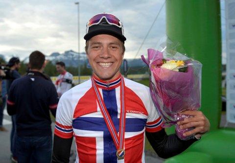 BREDT SMIL: Det var en svært glad Edvald Boasson Hagen som kjørte inn til sitt åttende NM-gull på tempo i løpet av ti år.