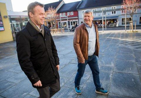 Ordfører i Lillehammer Espen Granberg Johnsen og leder i utvalg for plan og samfunnsutvikling Terje Rønning er lei av å vente på Staten.